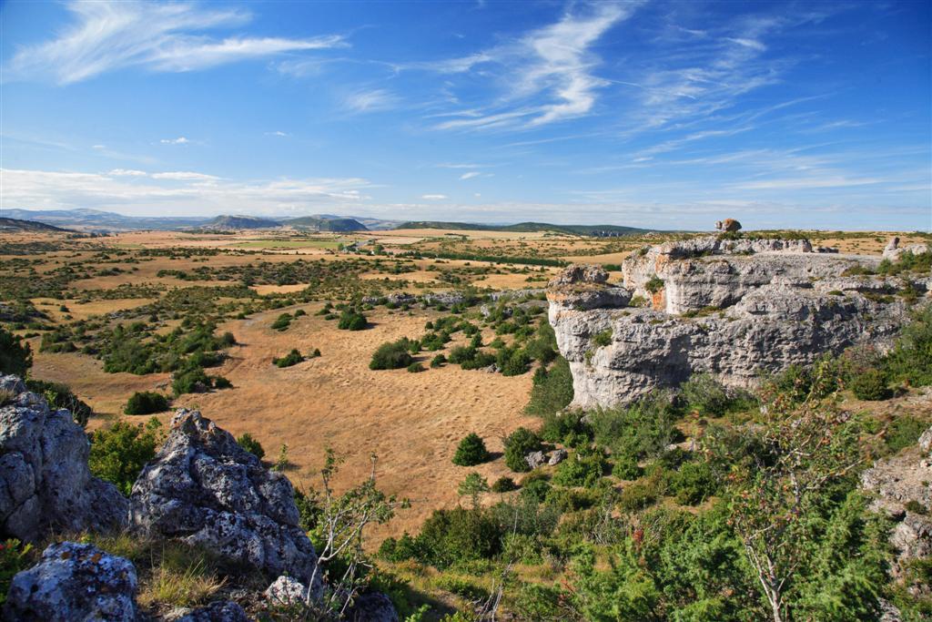 Deux parcs naturels r gionaux en aveyron le site du for Desherbant naturel grande surface